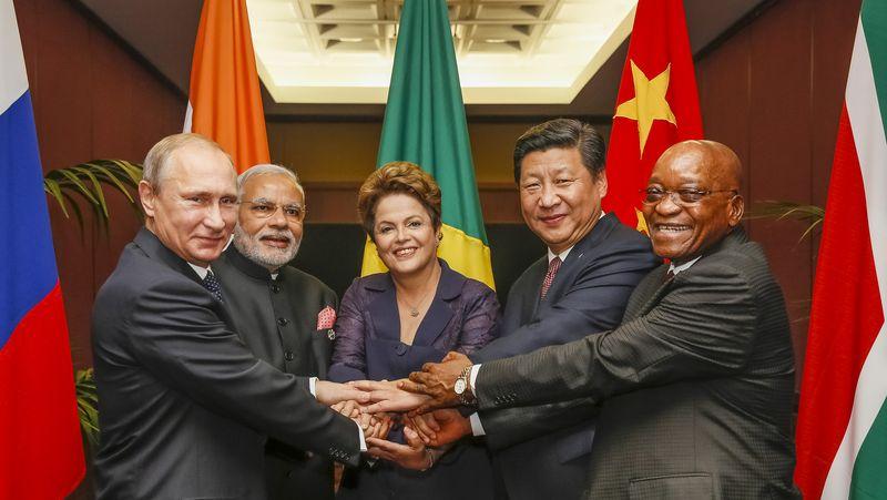 """""""New Deal"""" – Uusi globaali jako, eli miten taloushankkeilla jaetaan valtapiirejä"""