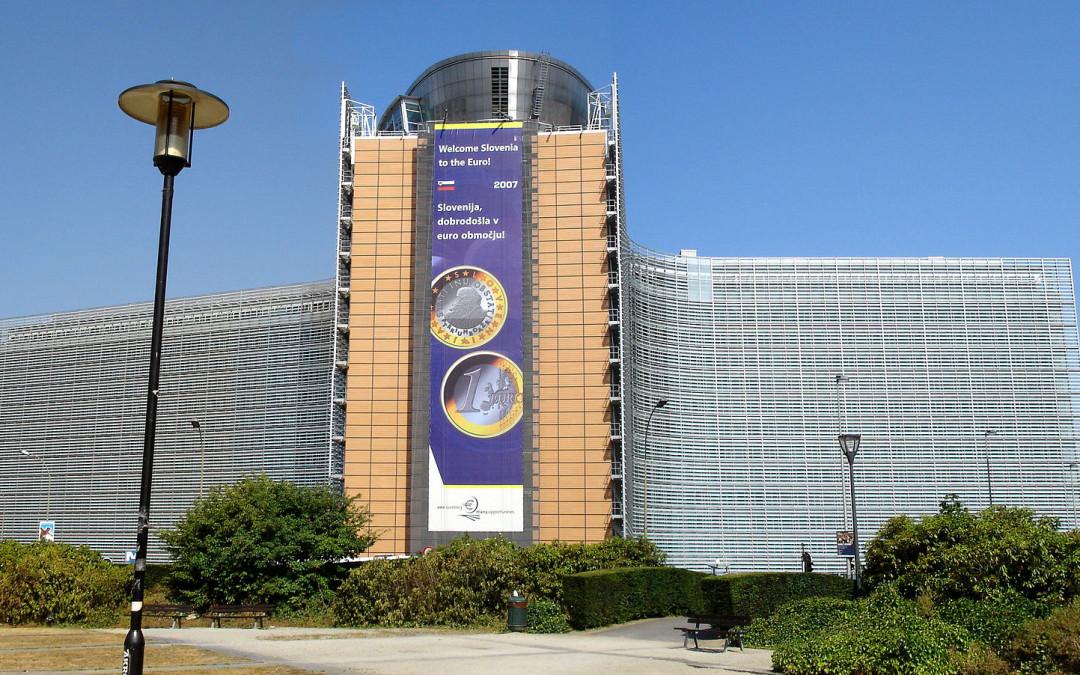 Slovenia vastustaa EU:n kaavailtua asedirektiiviä