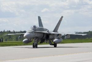 Kanadan ilmavoimien IMP II -päivityksen läpikäynyt CF-18 Hornet -hävittäjä. Kuva Patcard cc-lisenssillä.