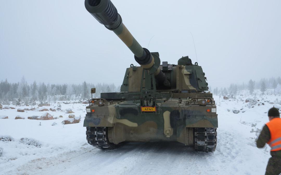 K9 Thunder on suomeksi MOUKARI