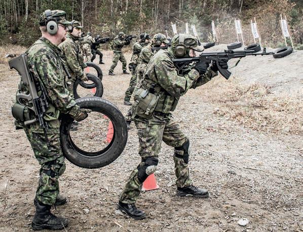 Ampuma-asedirektiivin kansallinen täytäntöönpano etenee sammutetuin lyhdyin