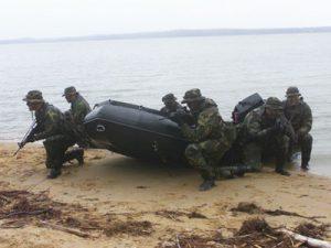 Zodiac FC-47 Futura Commando -vene on tarkoitettu erikoistoimintajoukoille