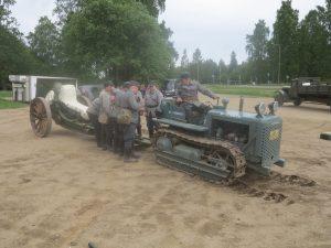 Raskas Patteristo 1. telatraktori