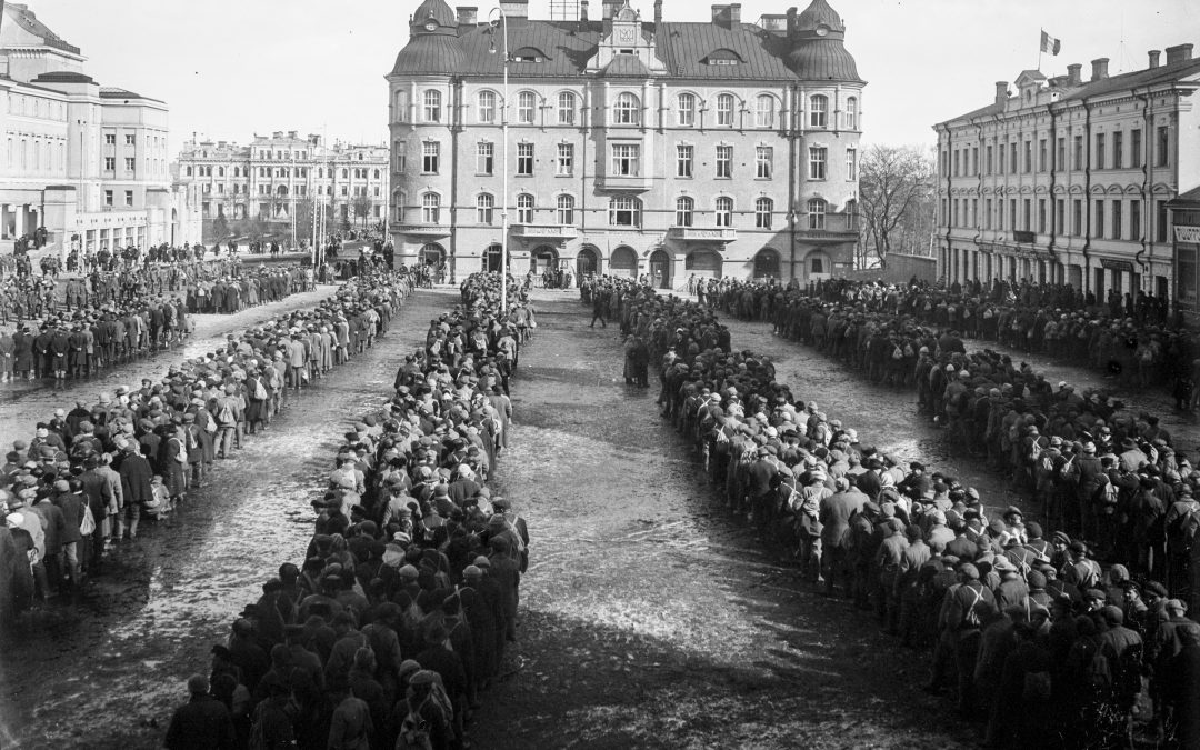 Huhtikuu 1918