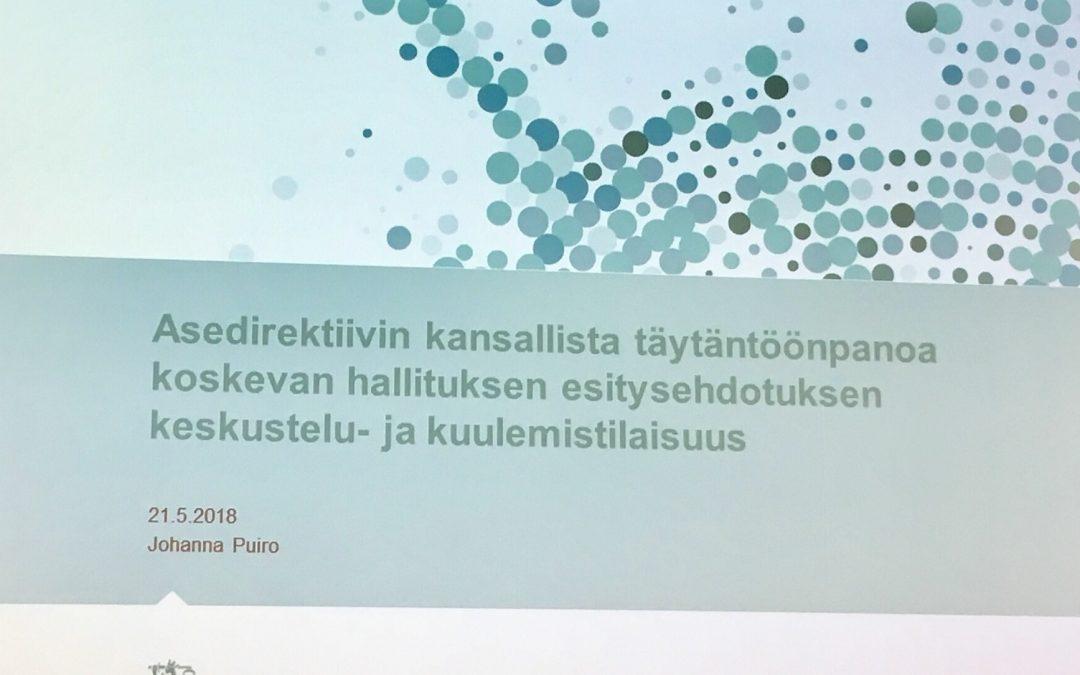 Uhrataanko miljoona suomalaista Moolokille.