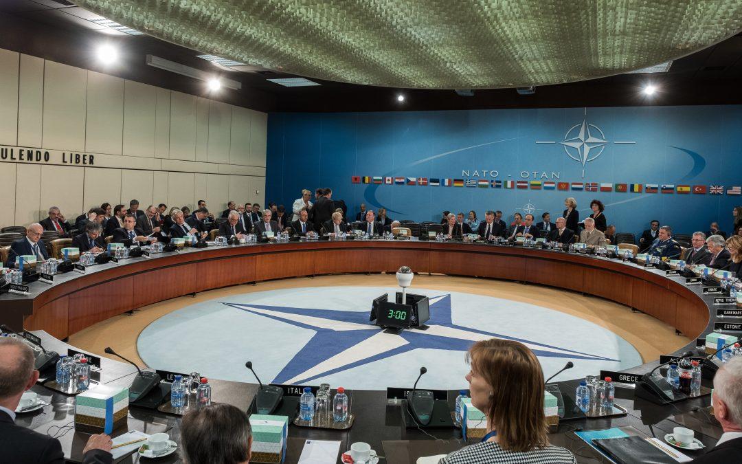 NATO:n huippukokous Brysselissä: takaisin tulevaisuuteen